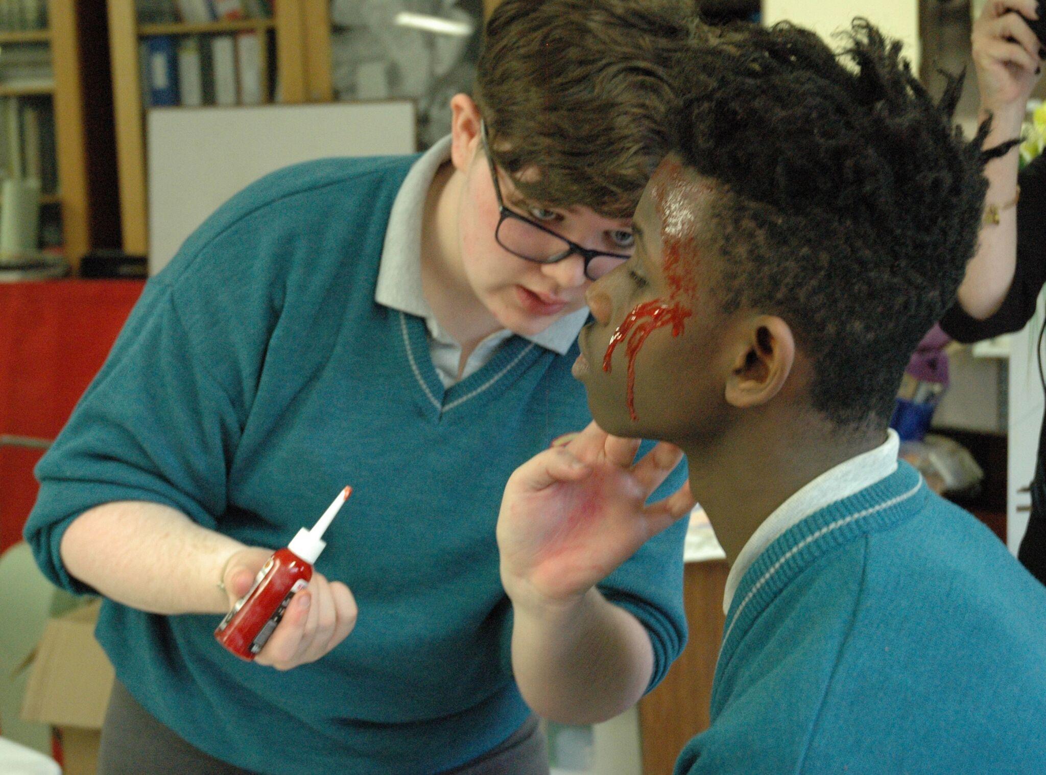 Cldoagh Emoe 2 make-up.jpg
