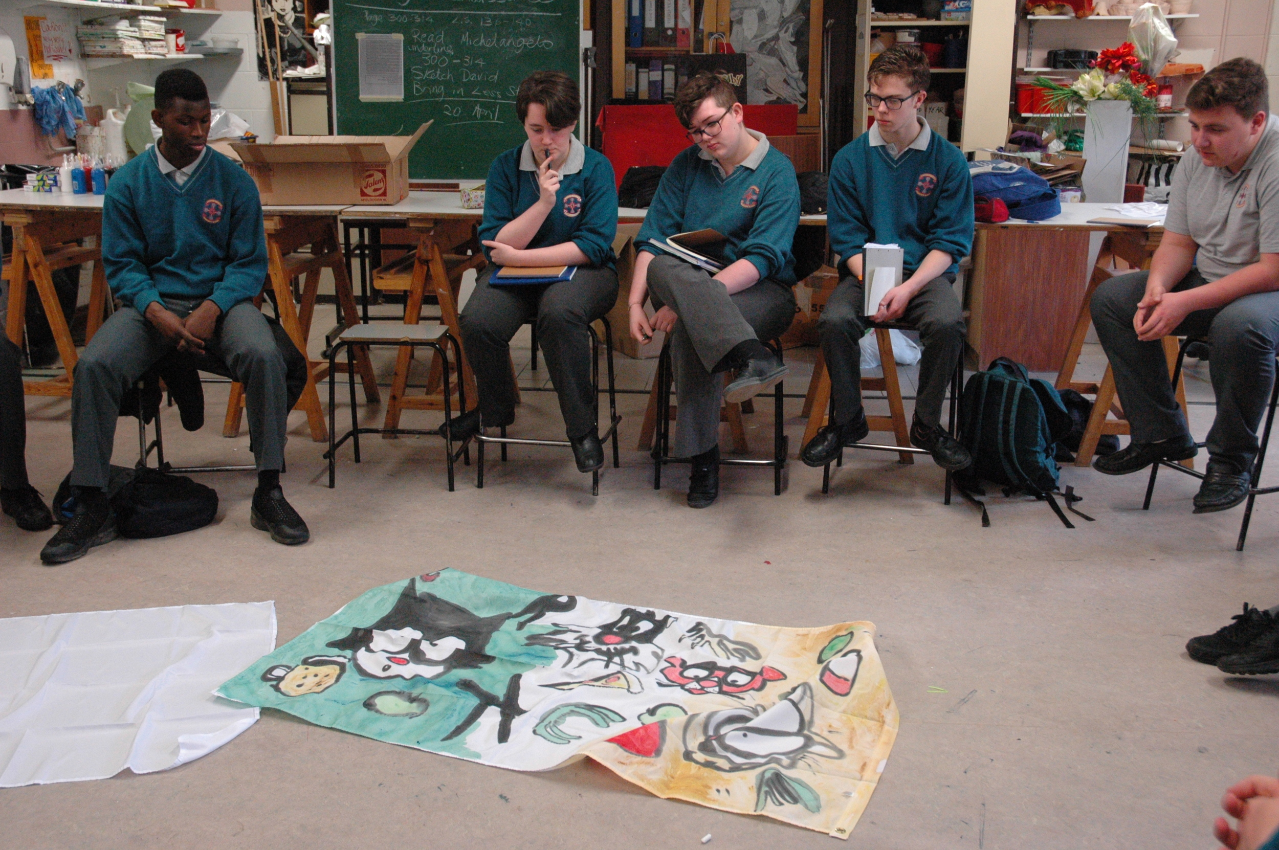 Students discussed representation and flags. Eoghan presented them with alternative Irish flags and asked them to imagine what it would mean if they had of been hoister outside the GPO during the rising.