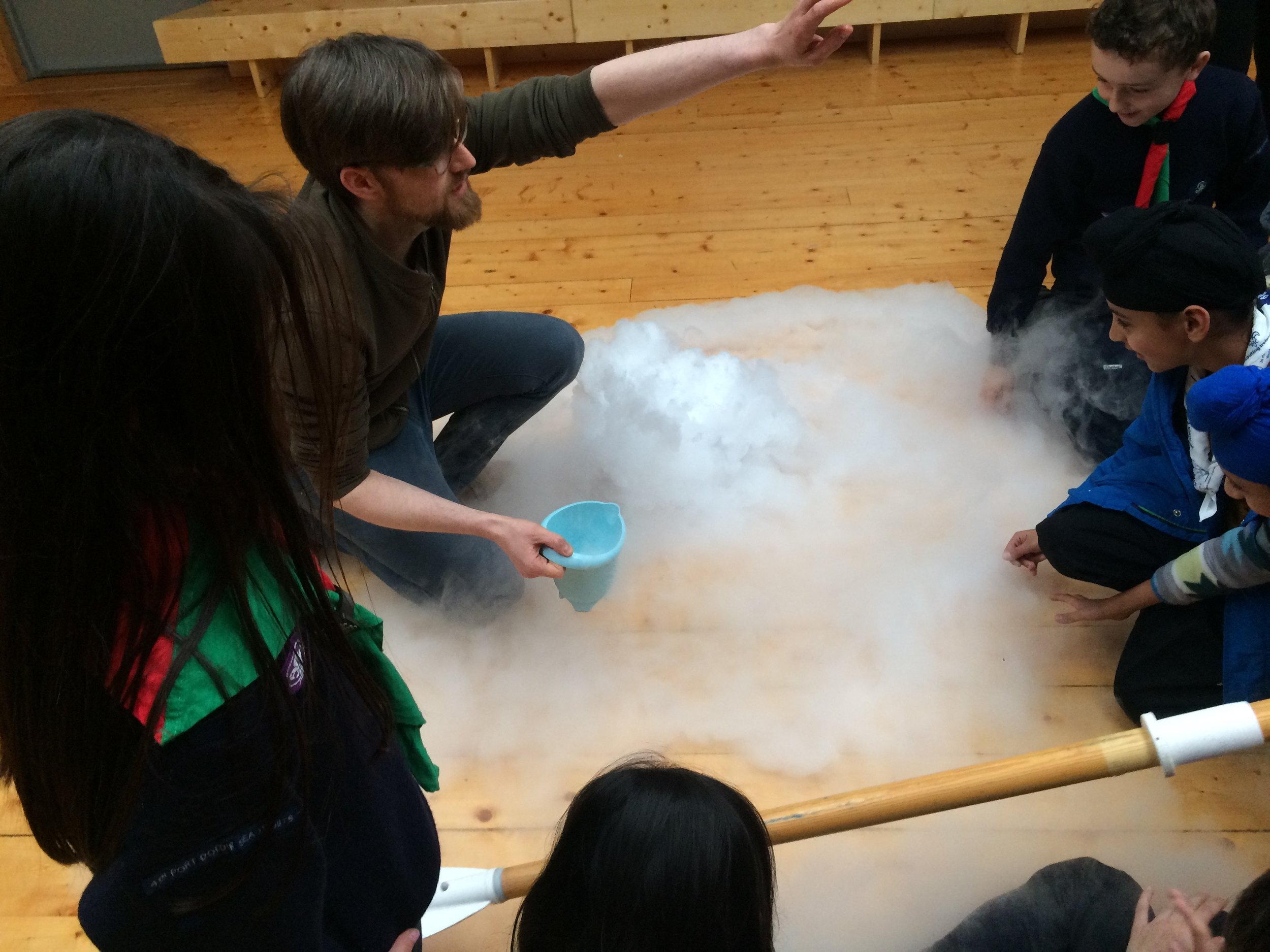 Dry ice was used to create the effect of the sea, in a recreation of a scene from the film Titanic