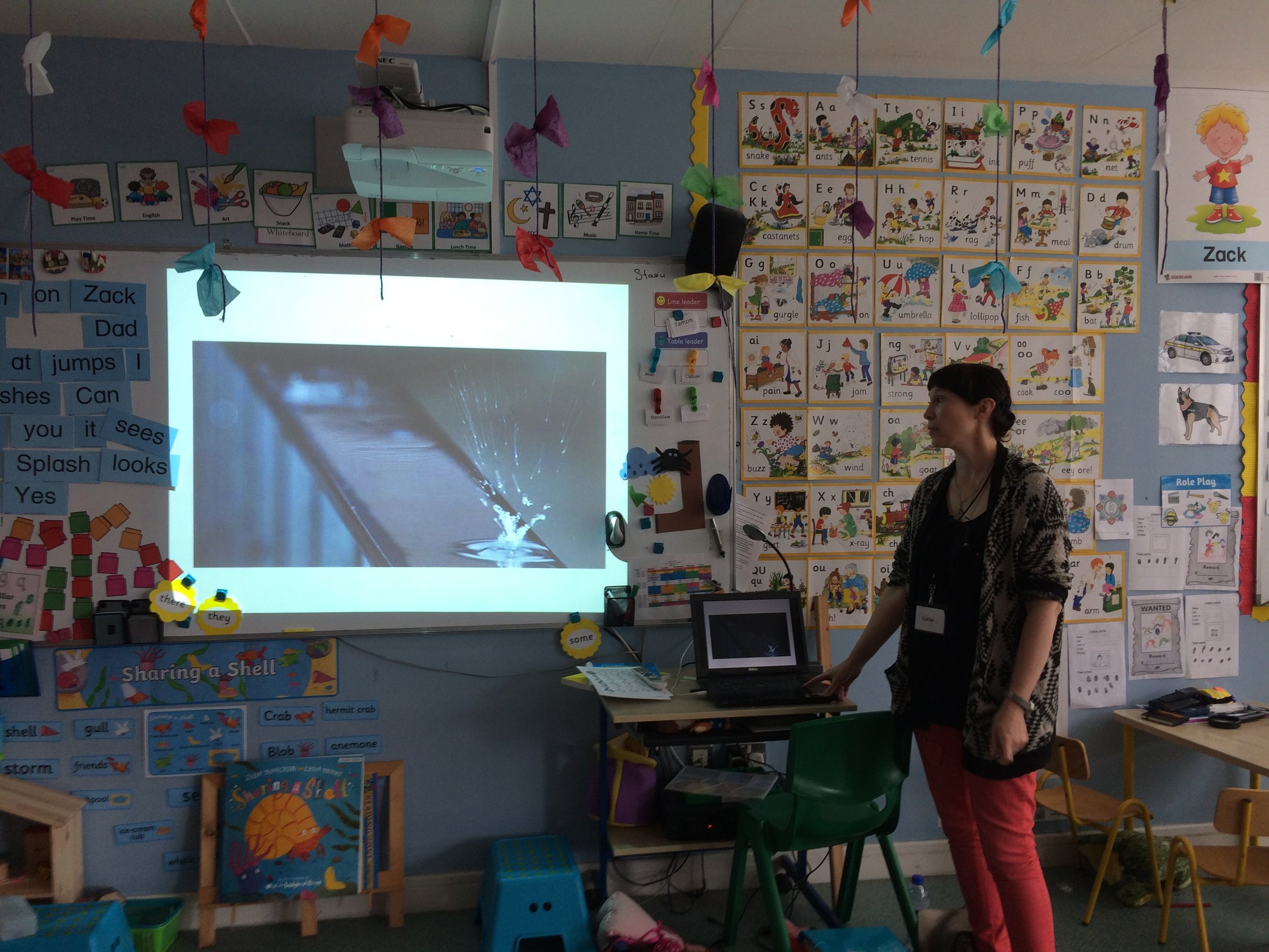 Beth showed images of of various nature 'drawings' such as an airplane's jet trail, snail trails, raindrops on a window.