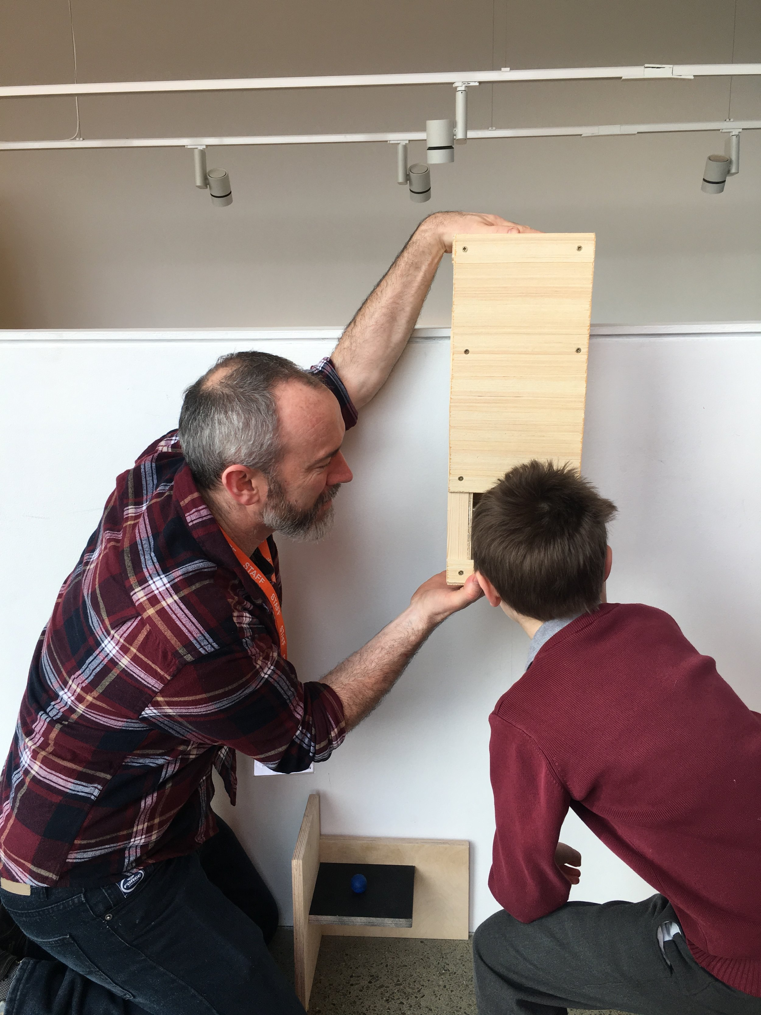 This week they also tested out the periscope. Built by technician Stephen, Siobhan and the students conceived of the periscope as a way for smaller children to see over the balcony.