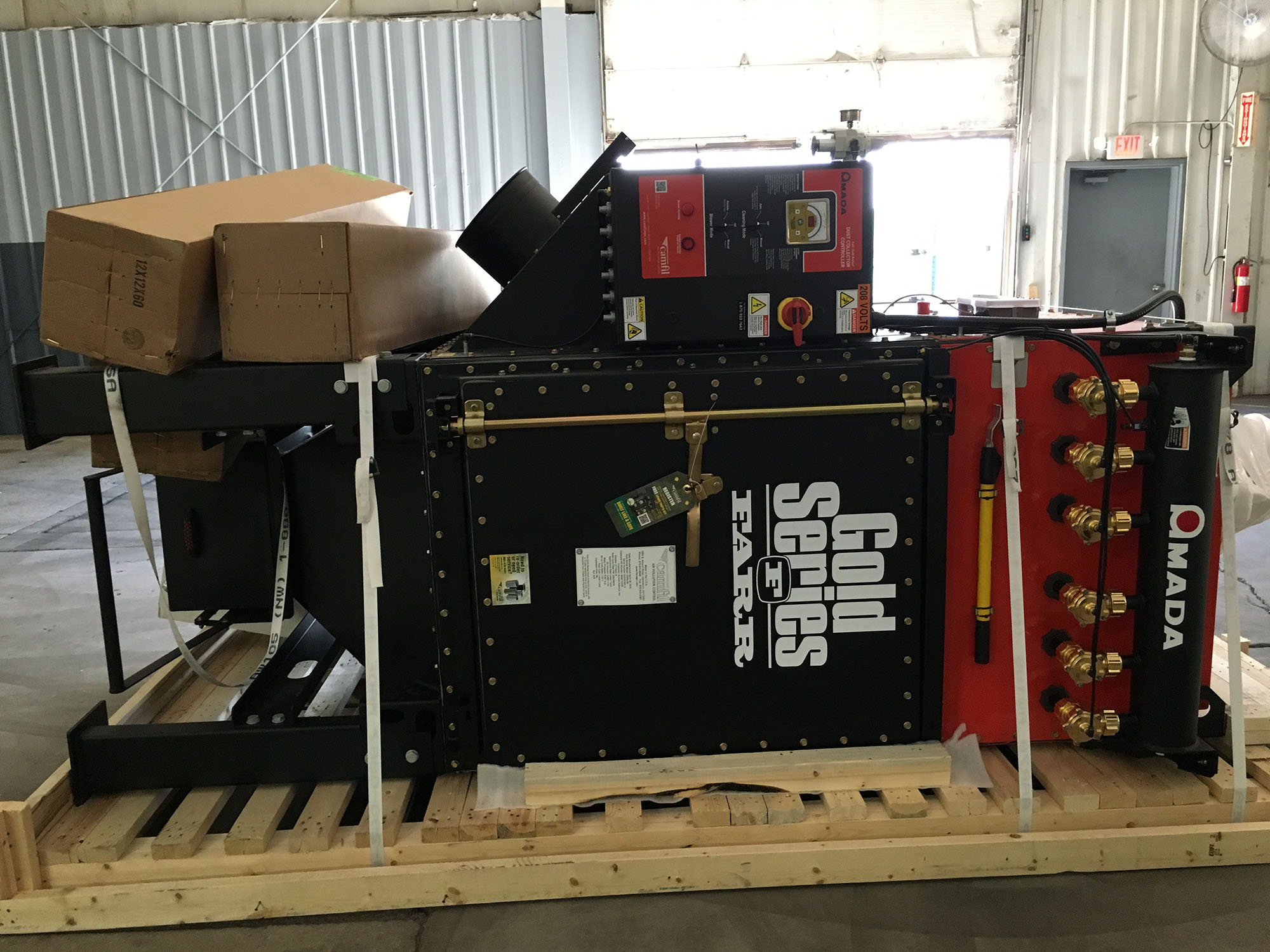 Unpacking the new fiber laser cutter