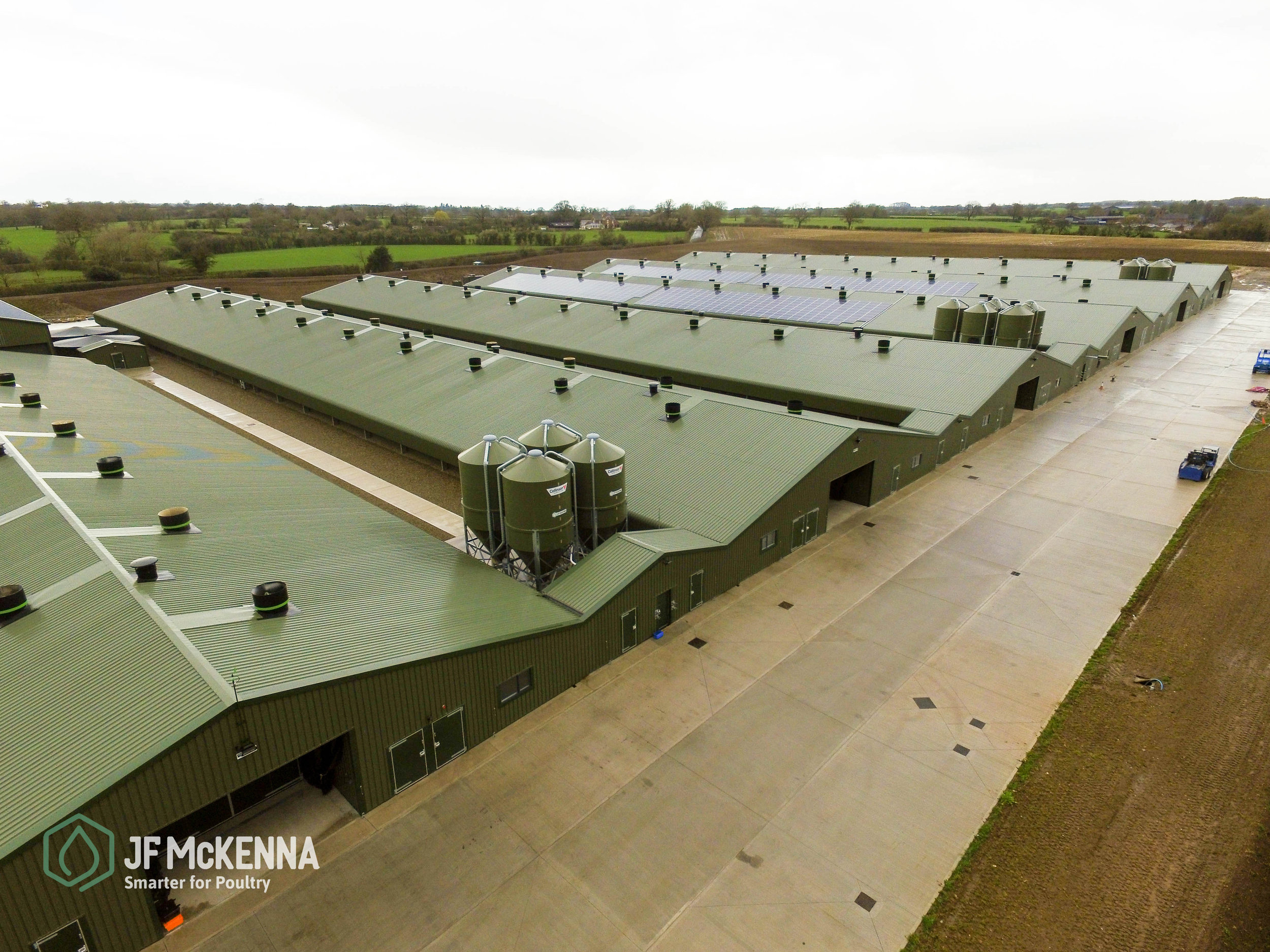 BROILER PROJECT    England   In 2016, JF McKenna completed the fit out of this six-house site in the UK.