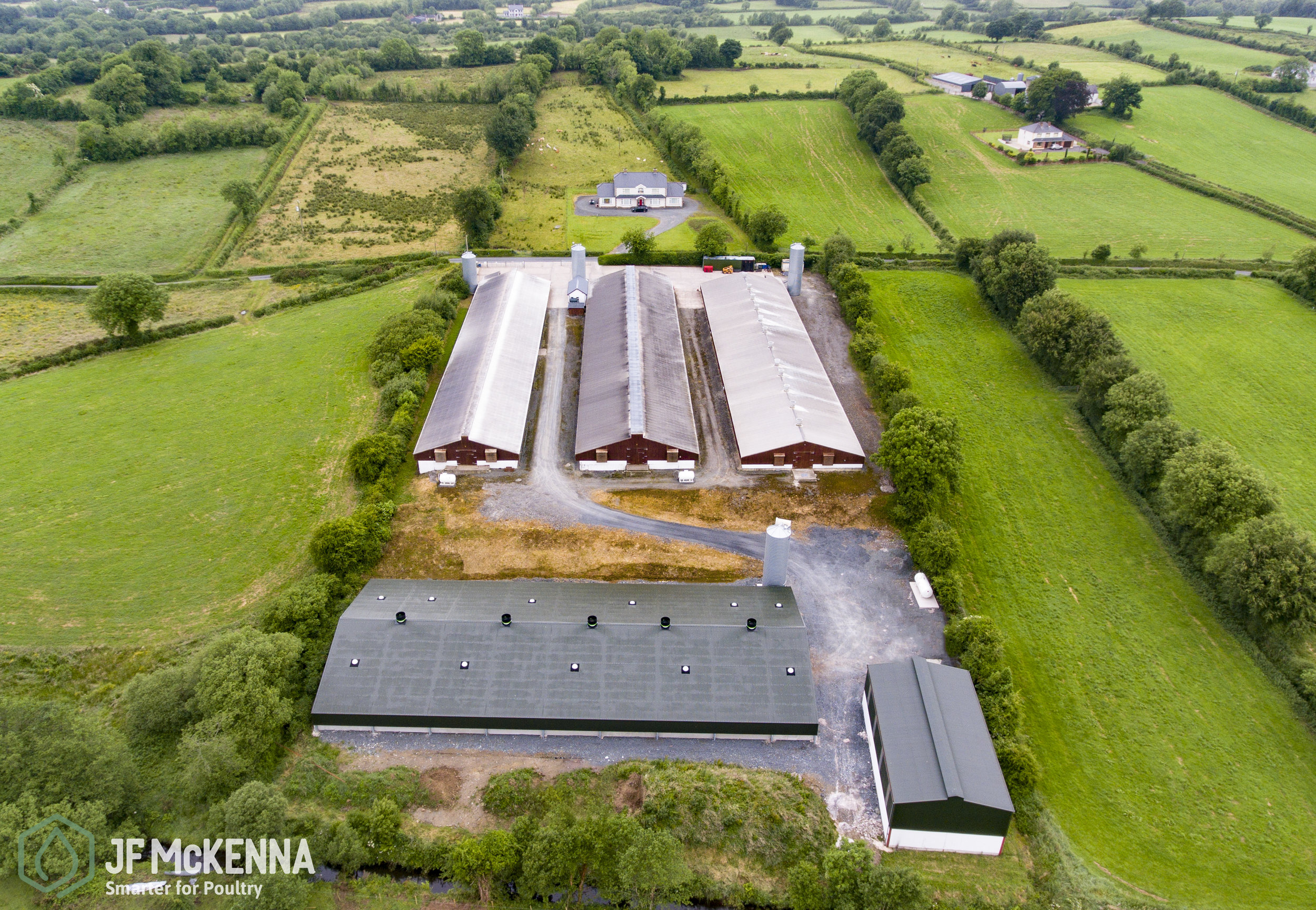 BROILER PROJECT    Republic of Ireland   In 2018, JF McKenna, in conjuction with Duffy Engineering, fitted out this new house in Monaghan, Ireland.