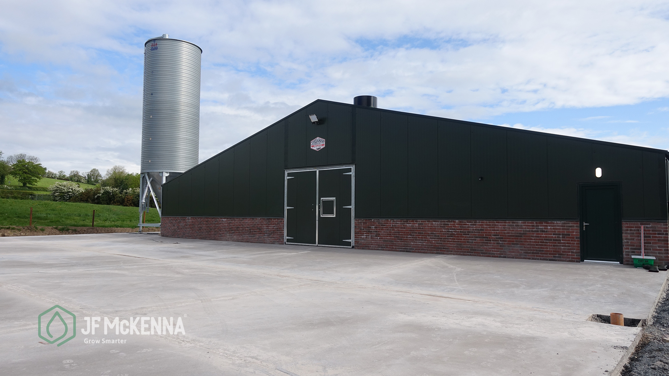 Broiler Poultry Project  Republic of Ireland  In 2019, JF McKenna completed work on this 50,000 broiler unit in the republic of Ireland.