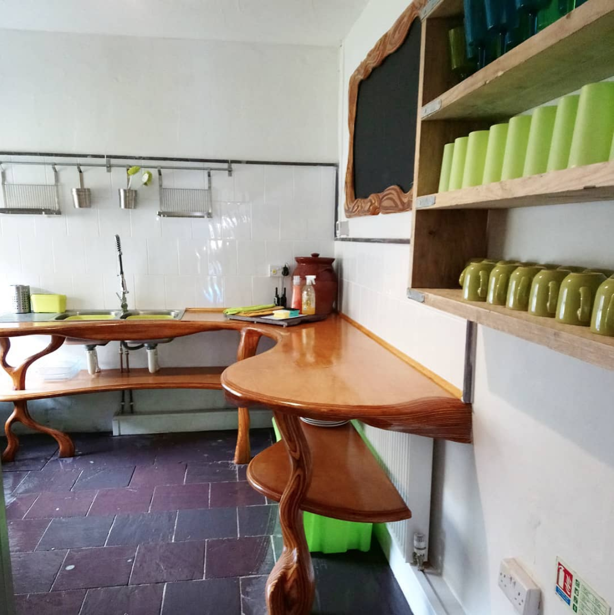 Crashpad Lodges Kitchen