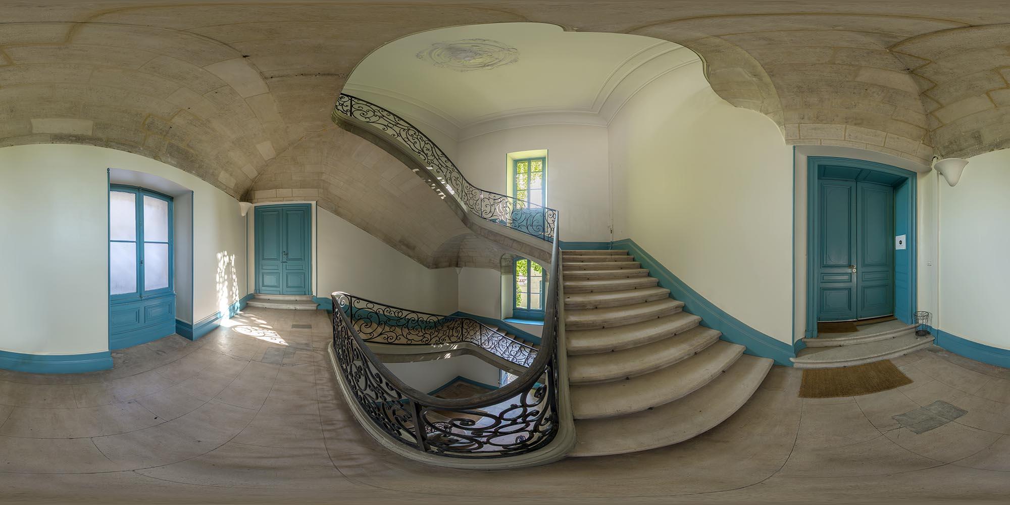 escalier_2000.jpg