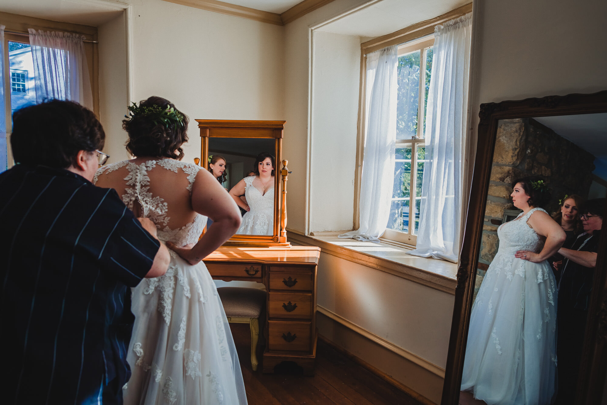 The Washington at Historic Yellow Springs - Alison & Joseph Wedding 00021.JPG