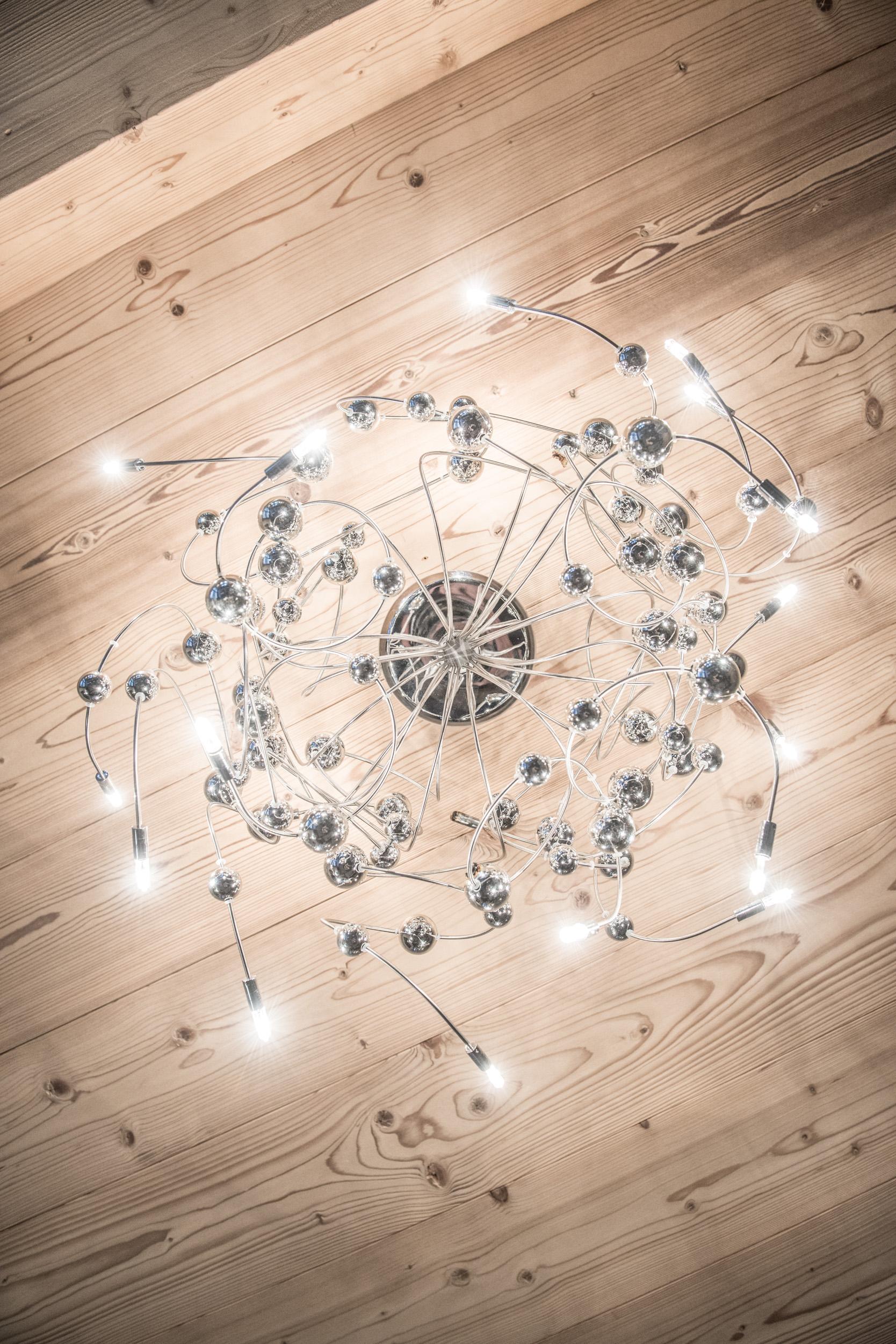 Les Pierrys lounge chandelier