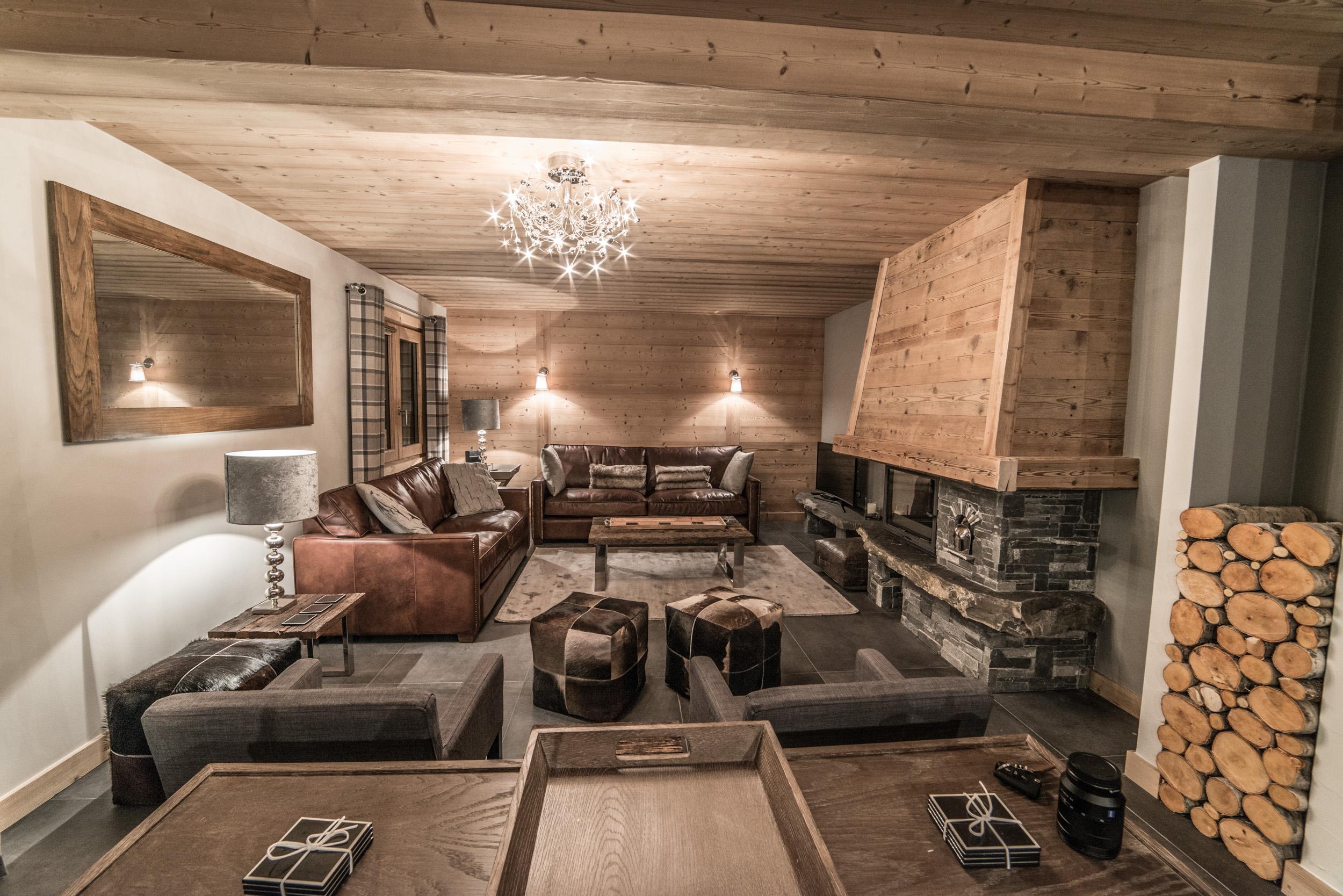 Chalet Les Pierrys lounge area