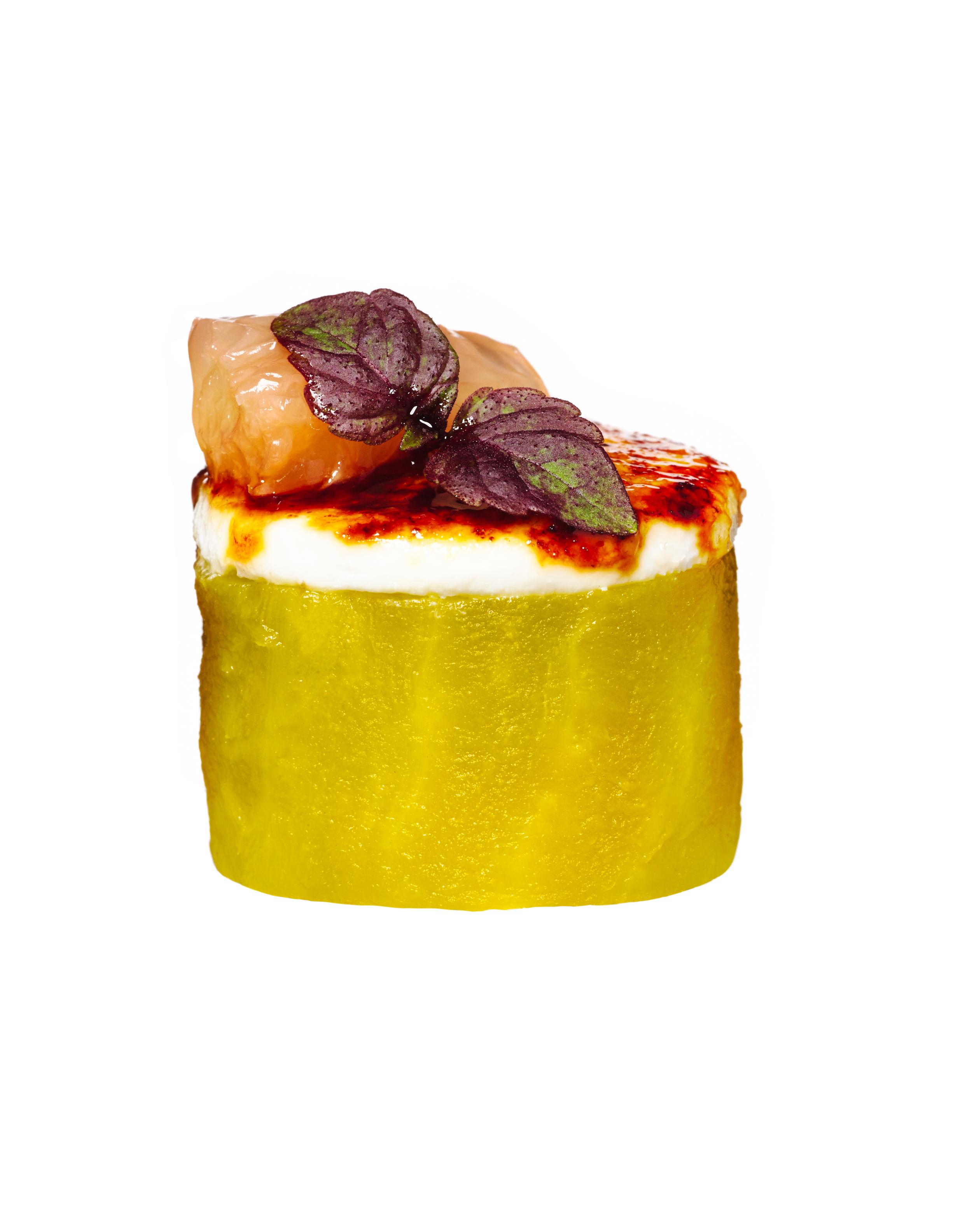 golden beet brûlée canapés