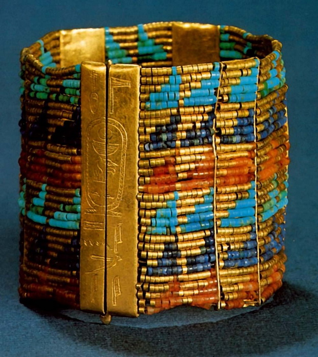 Beaded spacer plate bracelet of Queen Ahhotep (died 1515 BCE), made of gold, carnelian, turquoise and lapis. Image courtesy Egyptian Museum, Cairo.
