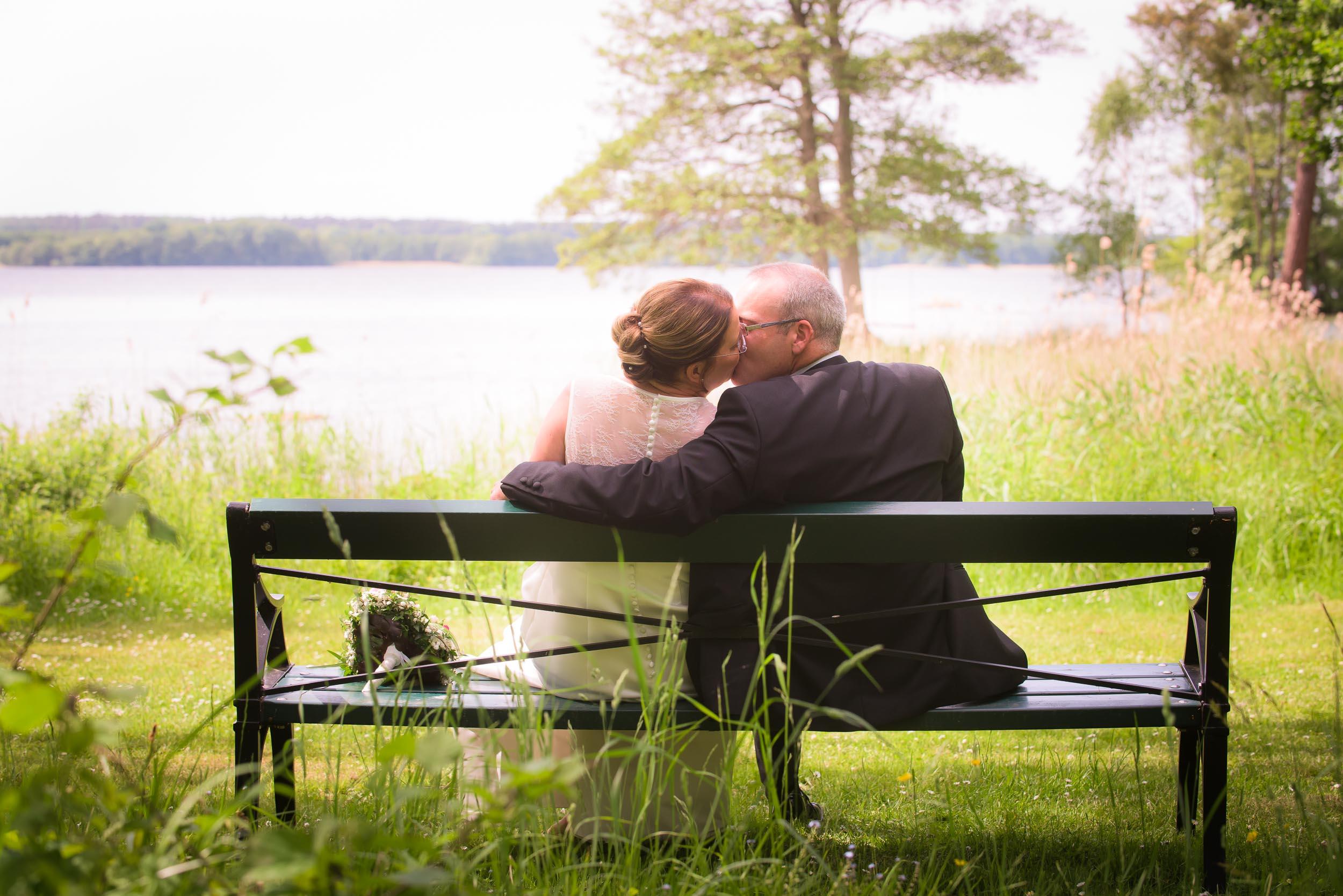 bröllopsfoto-bäckaskog-juni17-4.jpg