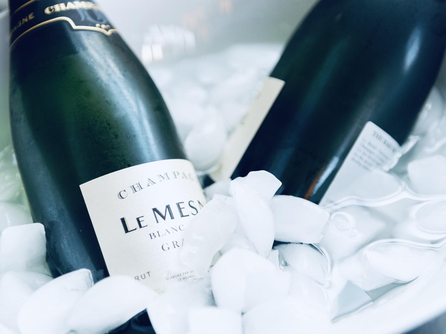 Event-champagne-beverage-bucket.jpg
