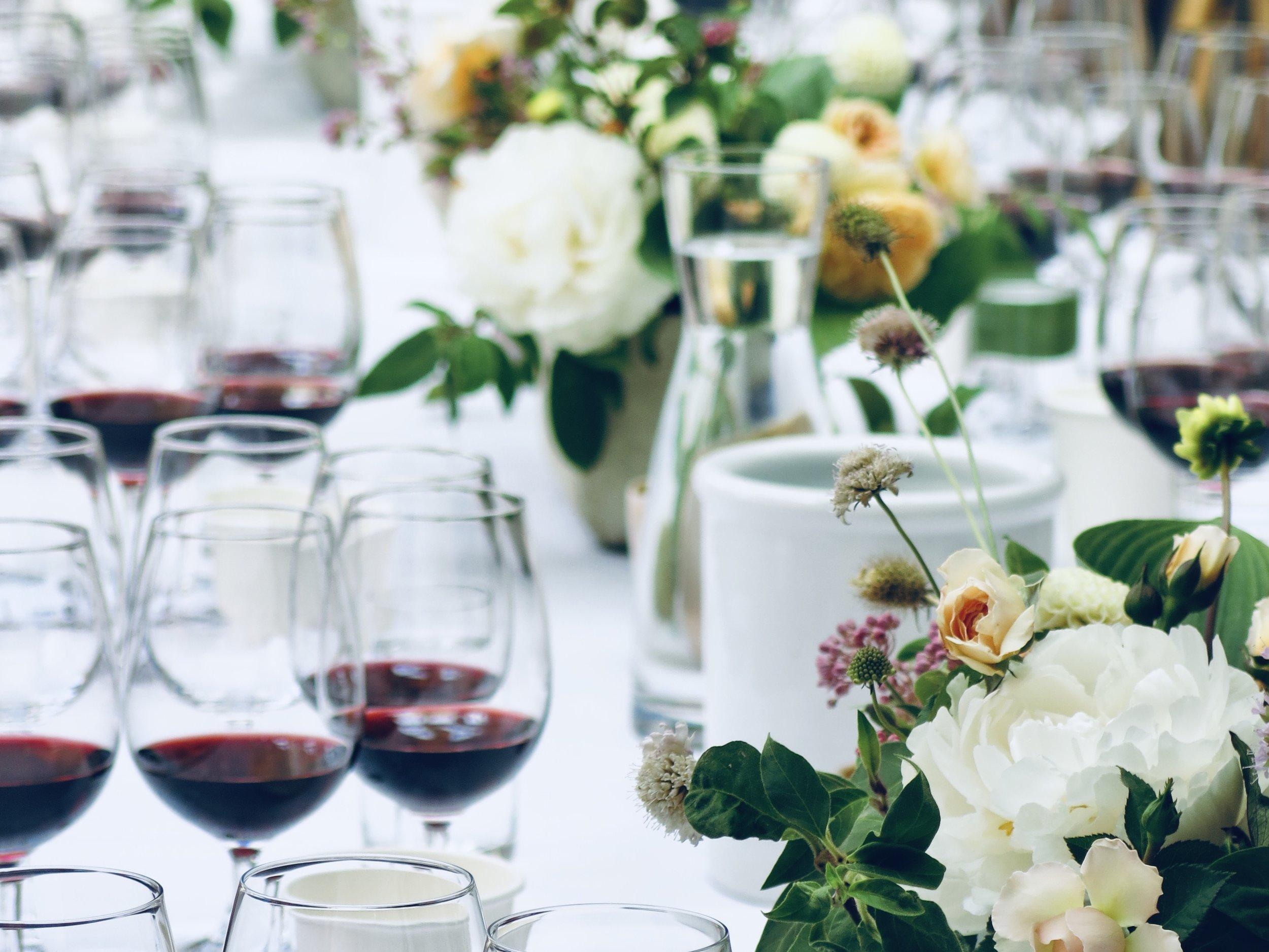 Wine-tasting-event-flowers.jpg