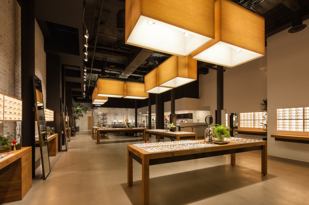Jins Eyewear's elegant lighting and integrated design approach delivers a superior customer experience.