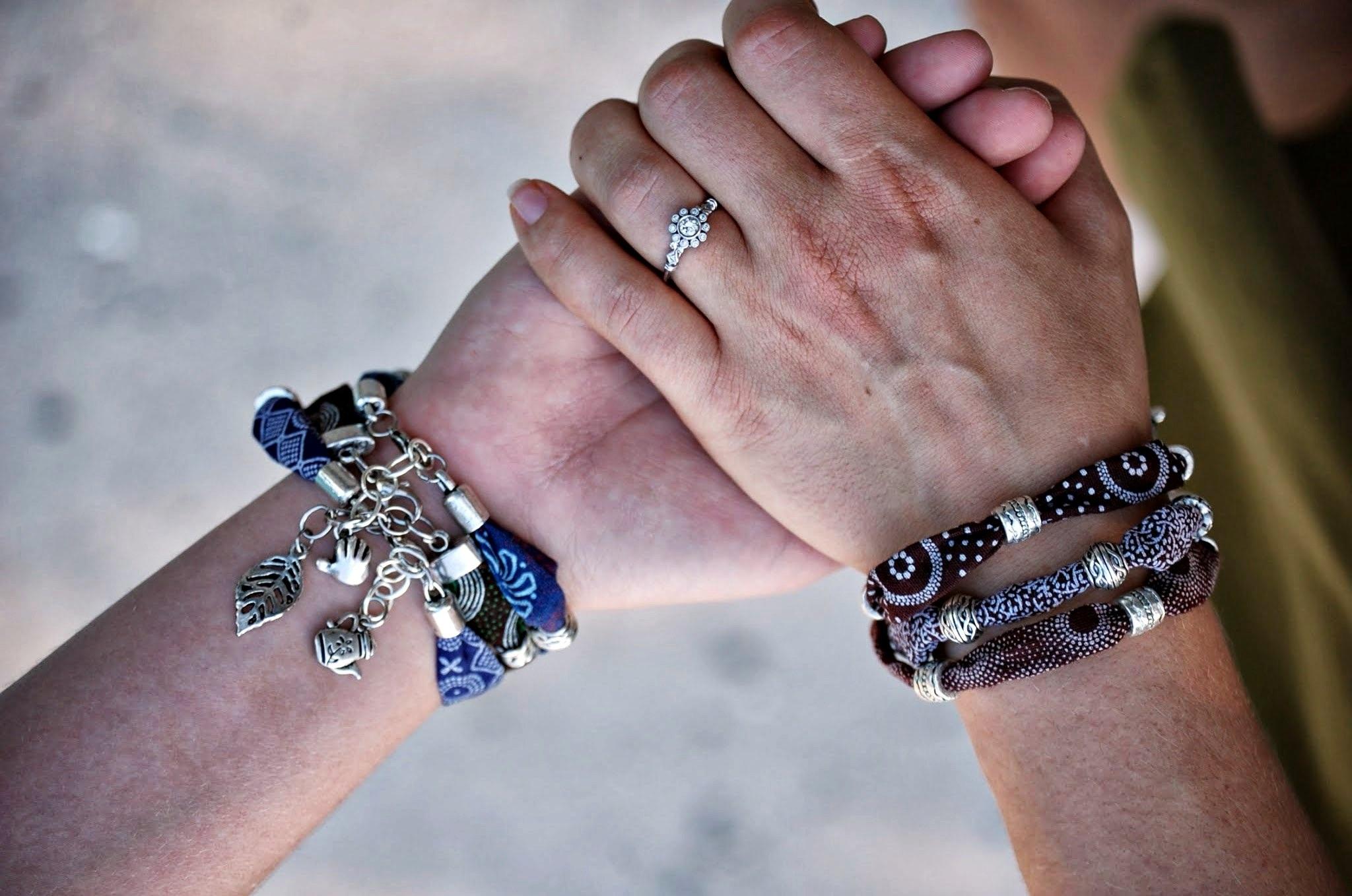 S African Cloth Bracelets Elevāt