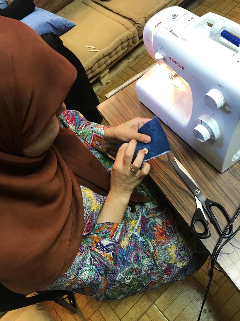 Sewing+photo+2+spain+.jpg