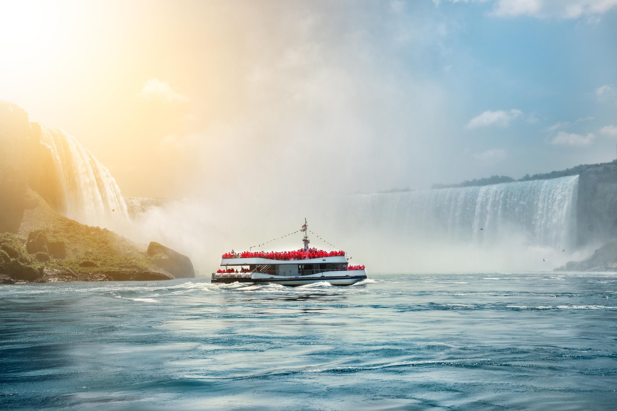 Explore More Canada with   Canadascope