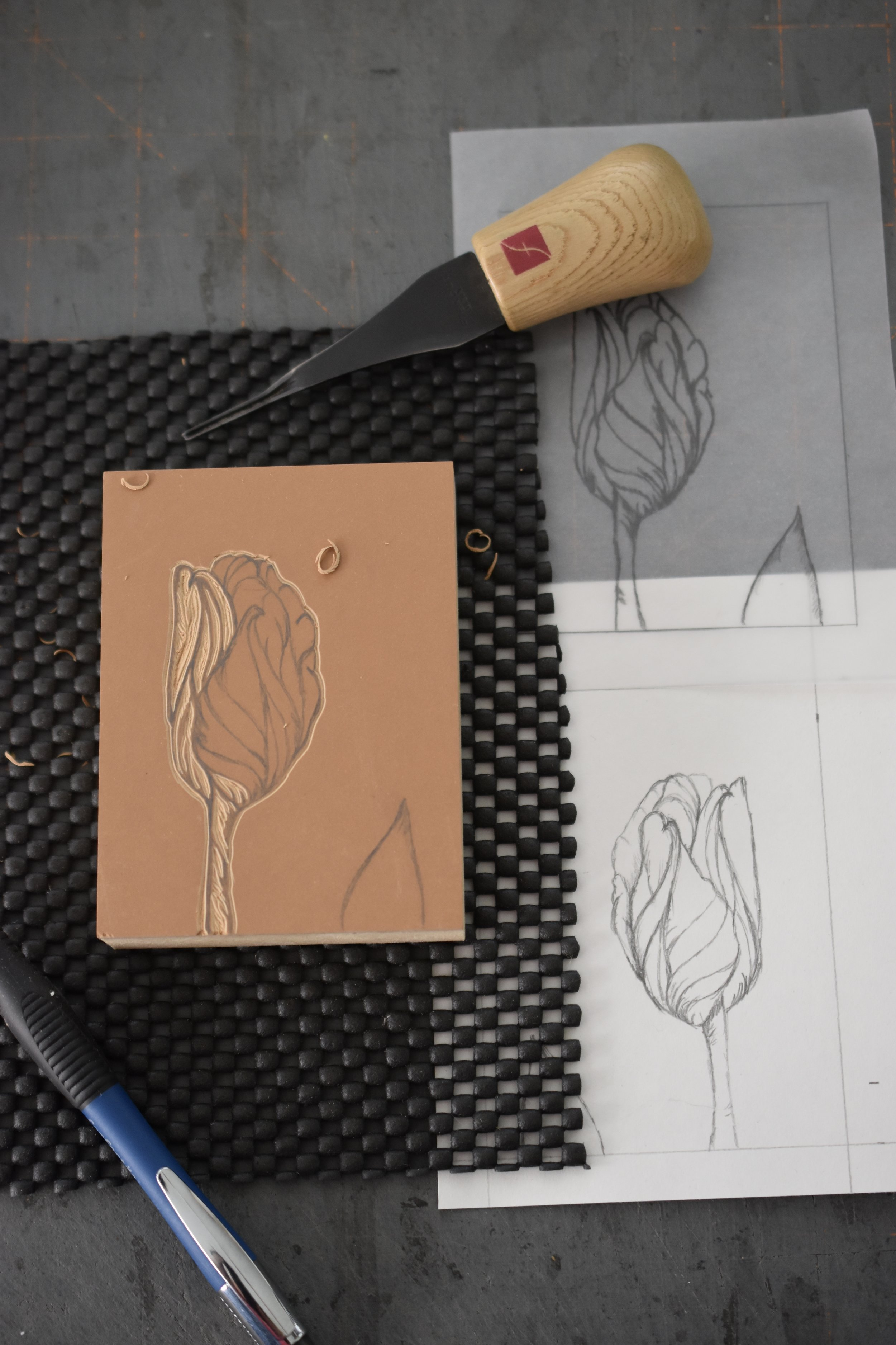 I designed and printed a third card based on the beautiful tulips in our gardens (see earlier blog post). The sketch has been transferred to the block and carving is underway. This worked perfectly for a birthday card.