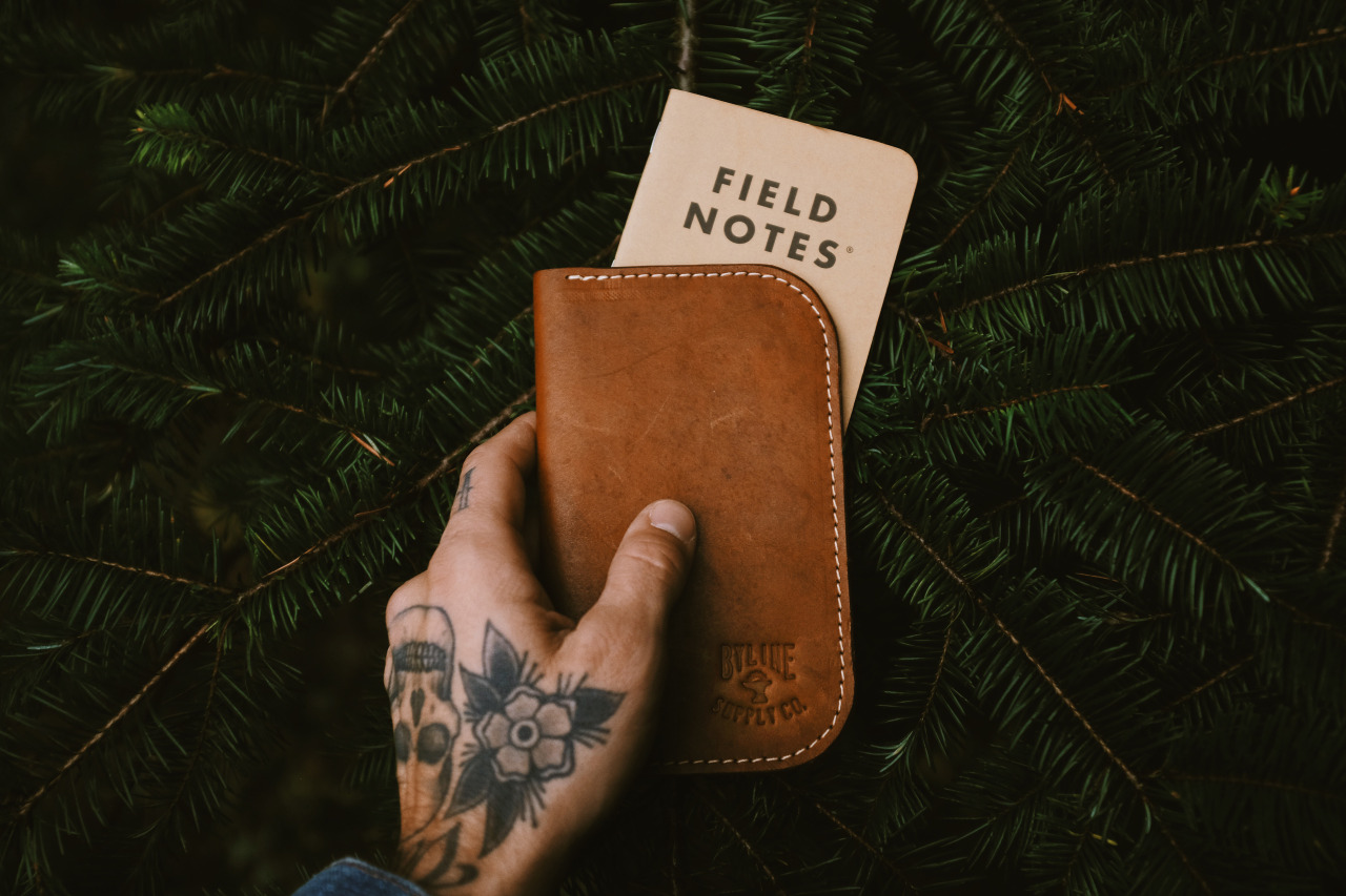 My  Byline Supply Co   Tyler Field Notes wallet is breaking in nicely.   © Lonnie Webb