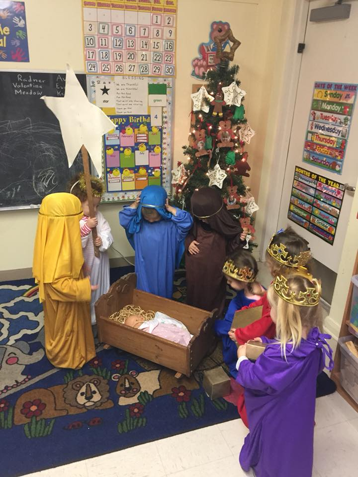 MMOLA kids at Christmastime