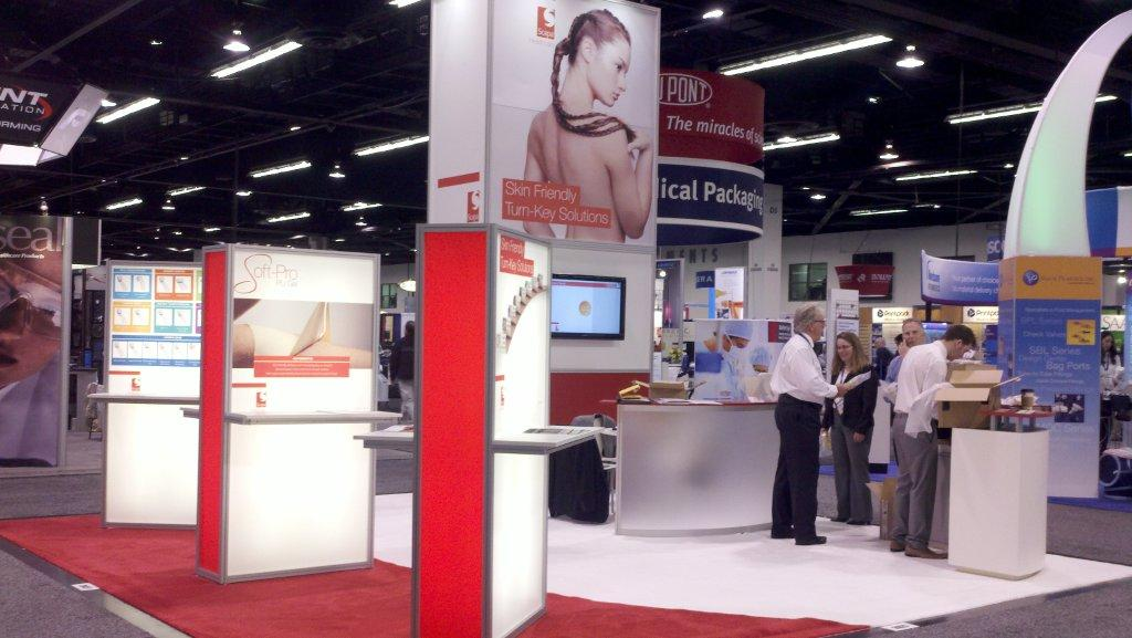 System rental trade show exhibit