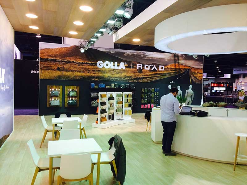 Golla-Custom-Exhibit-Stand-3.jpg