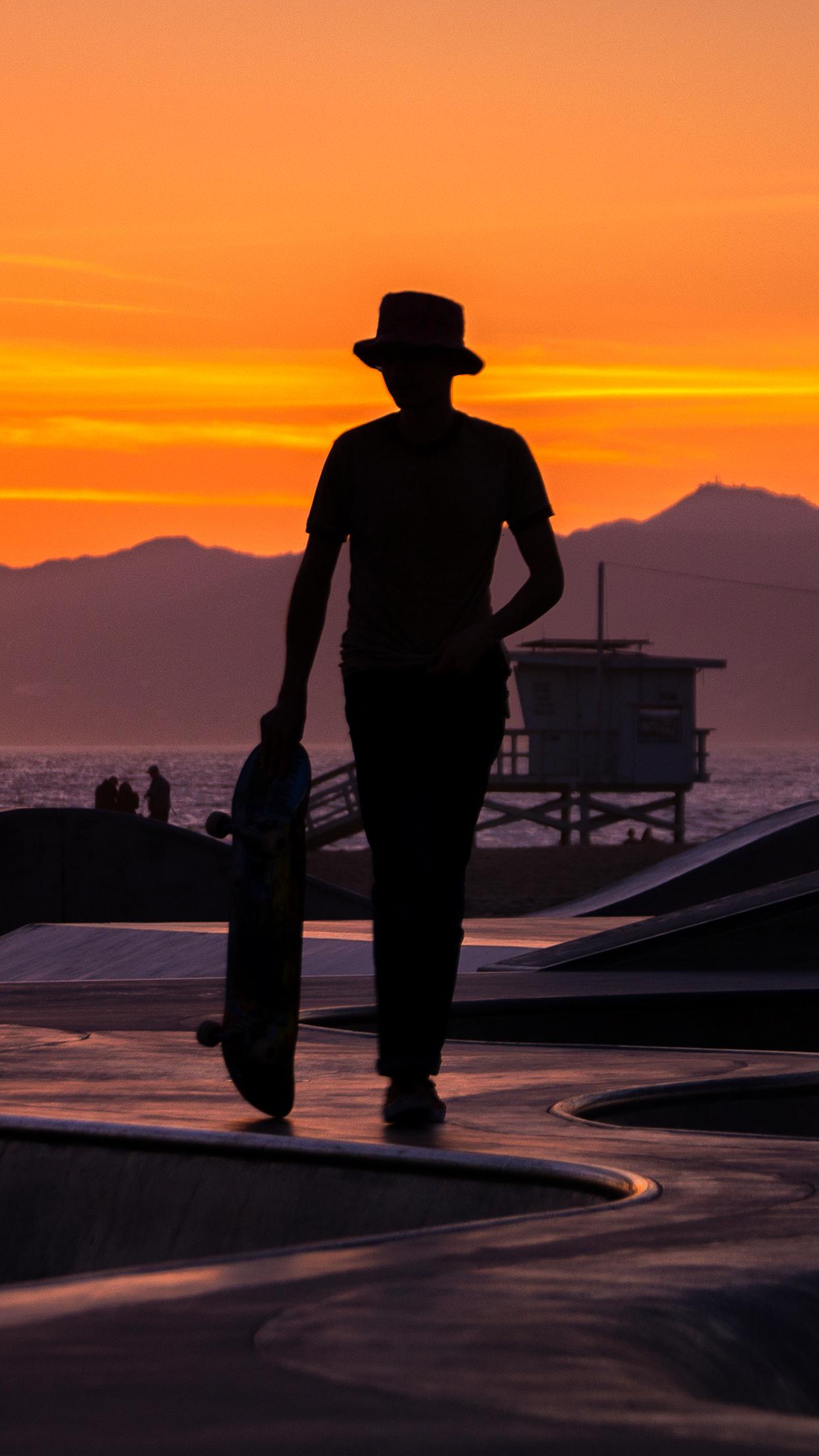 Wasim_Muklashy_Skateboarding_Venice_CA_iPhone6Plus