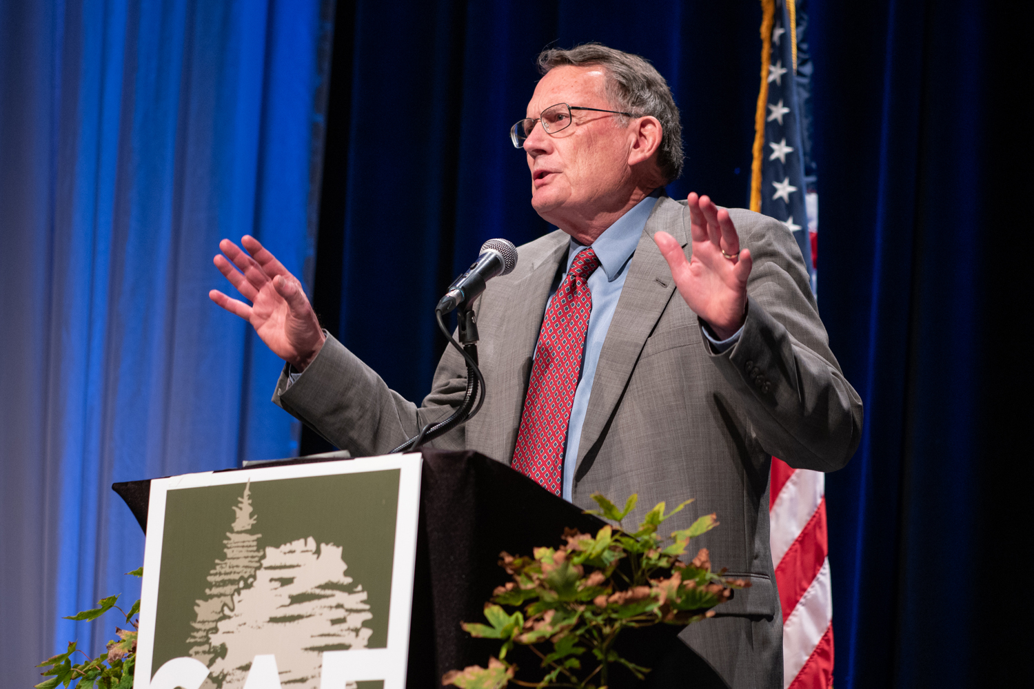 Wasim Muklashy Photography_-SAM_5452_Society of American Foresters National Convention_585_World Forestry Center Leadership Hall Induction_Allyn Ford135_Society of American Foresters Convention 2018_607.jpg