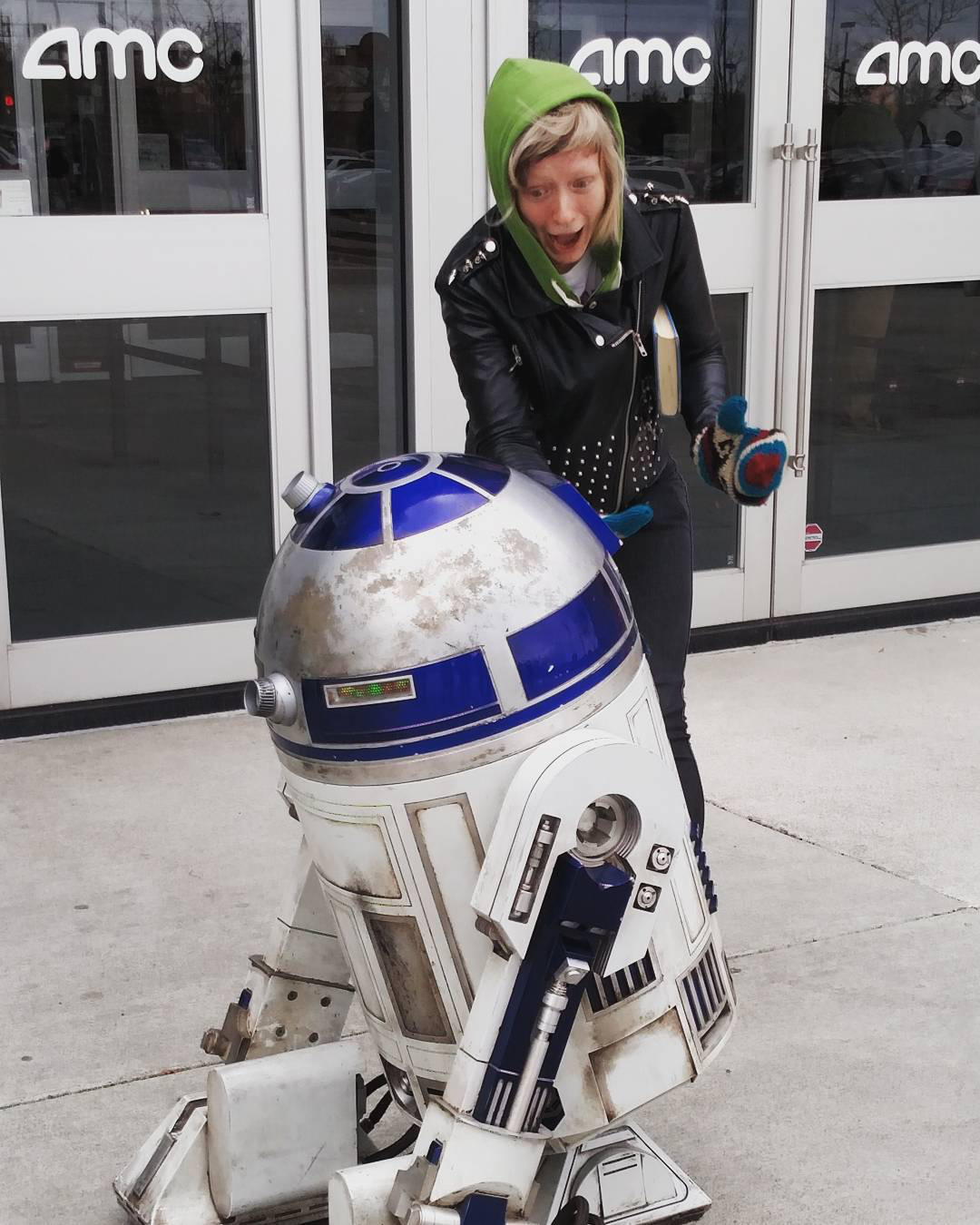 That time Annette met R2-D2 in Ohio.  Winter 2015