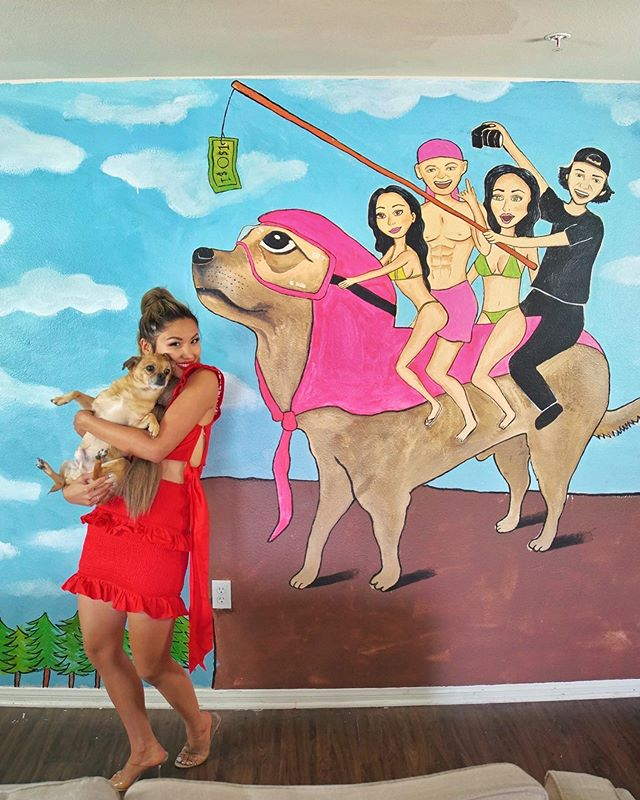 I painted this funny af mural of @dominykas @daviddobrik and beautiful roomies @alexjanai @lindseygroll. Prints and merch of this mural are available!! 🙌🙌 link in bio! Check out the video on dom's YouTube channel!
