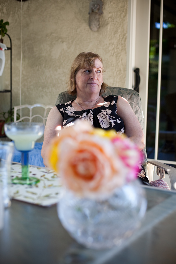 Ellingsen Photography Family Summer BBQ-Mom and Roses