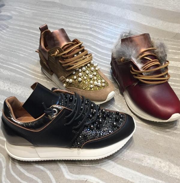 esseutesse pearl sneakers / esseutesse fringe & fur sneaker