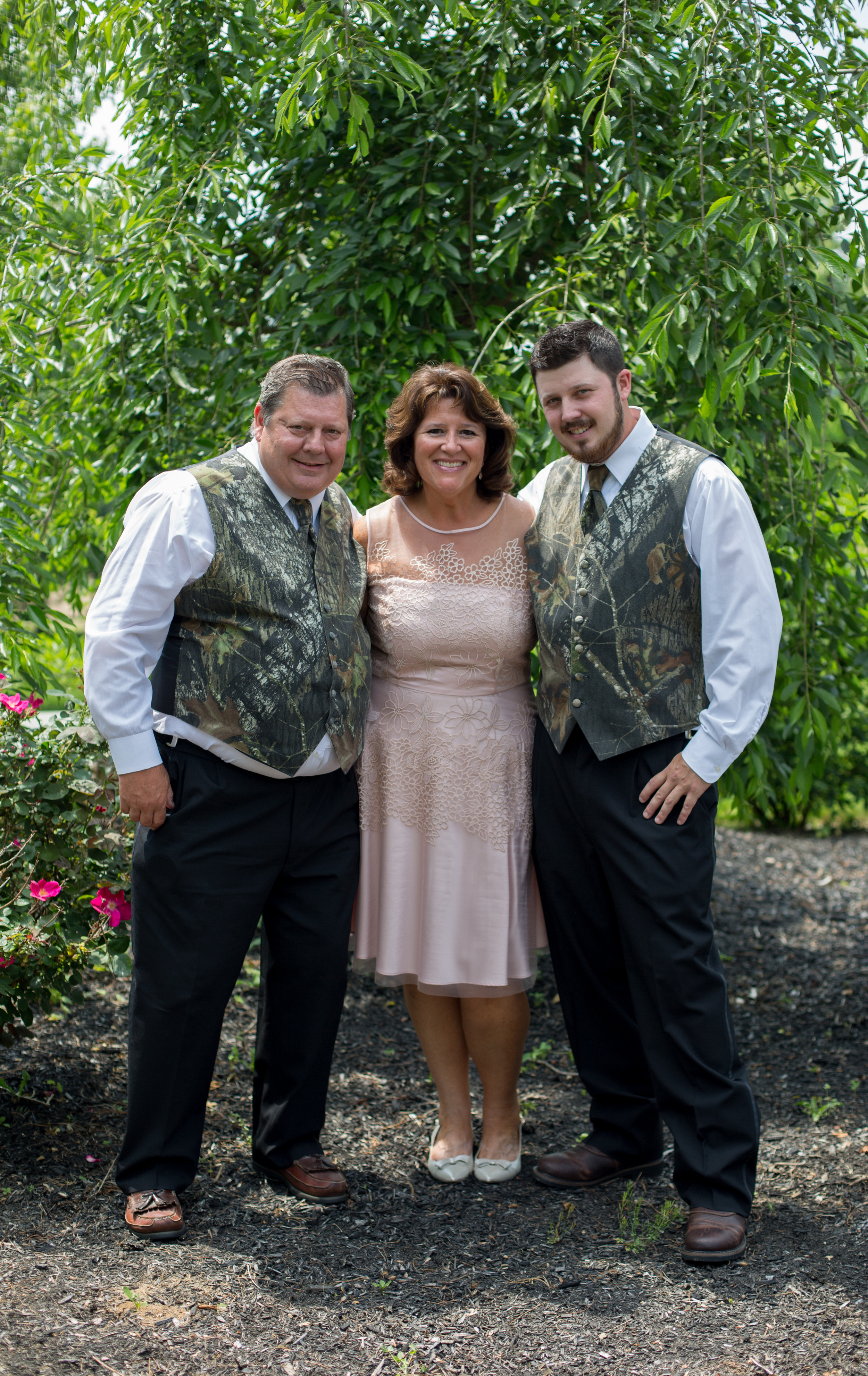 grooms_family_portraits_synan