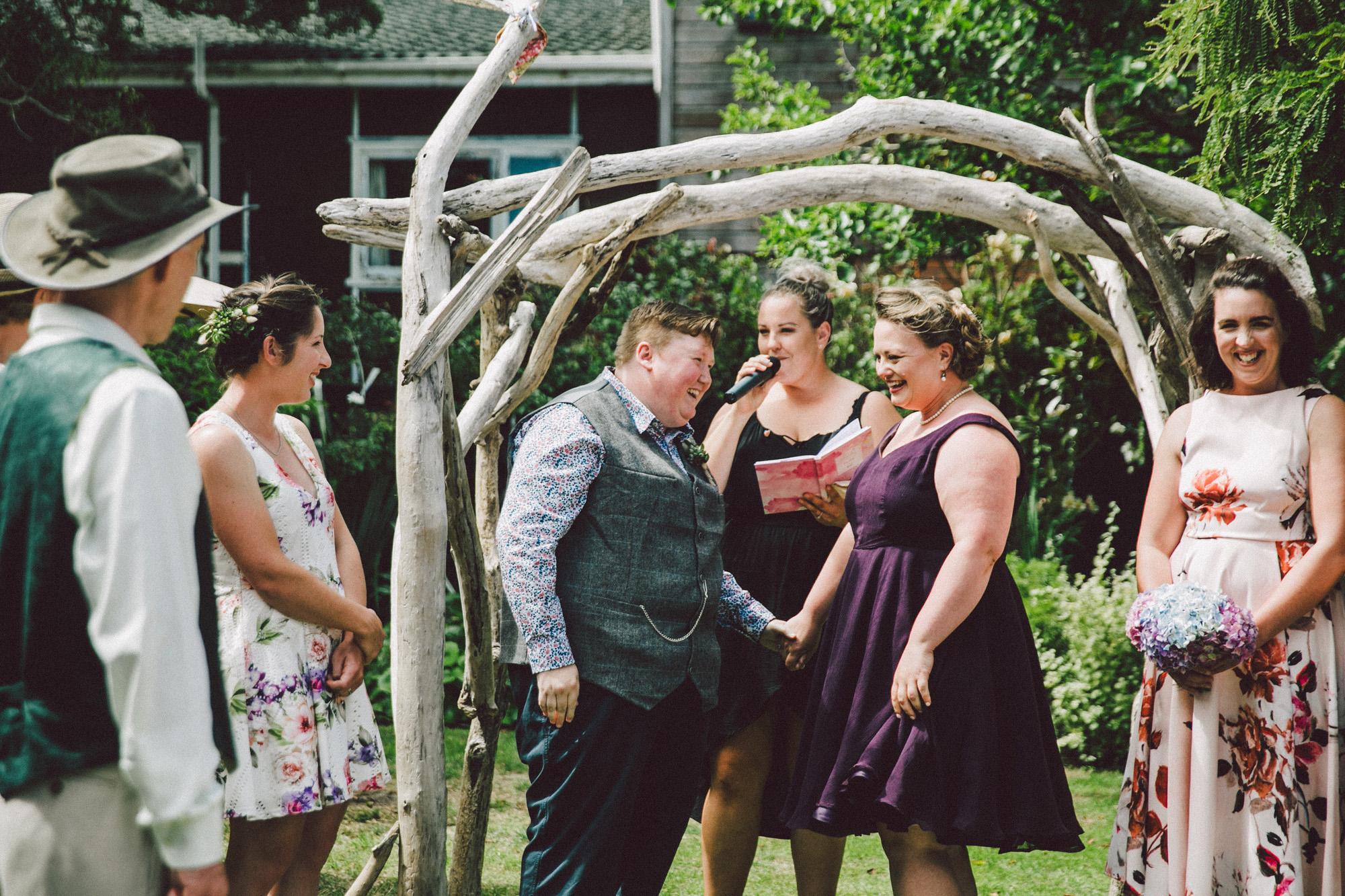 Sarah_McEvoy_Titahi_Bay_Wedding_040.jpg