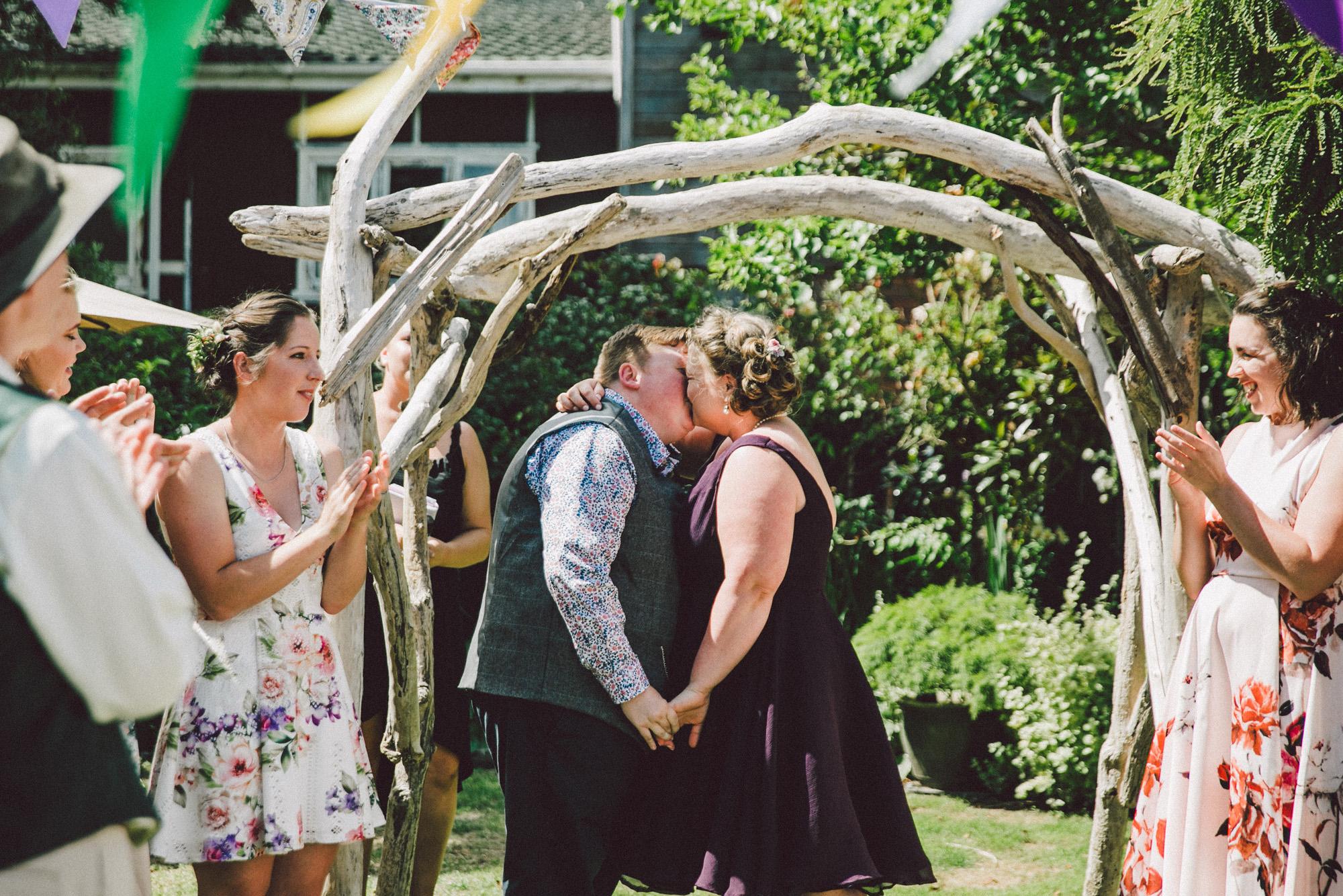 Sarah_McEvoy_Titahi_Bay_Wedding_050.jpg