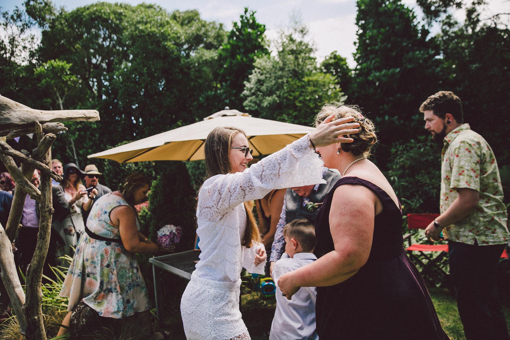 Sarah_McEvoy_Titahi_Bay_Wedding_053.jpg