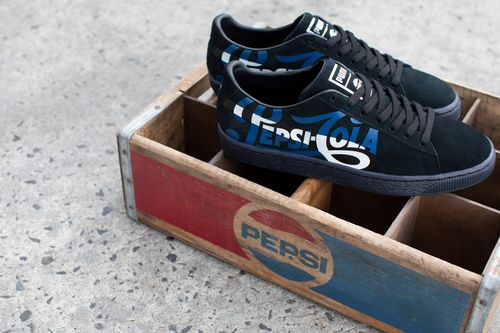 LOW-RES Not for Production-18AW_xSP_Suede50_Pepsi_I7A3958.jpg