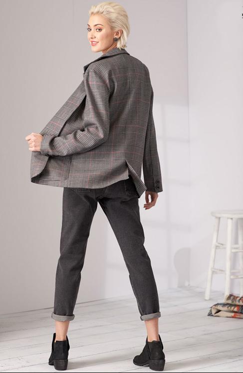Simplicity 8697 oversized boyfriend blazers