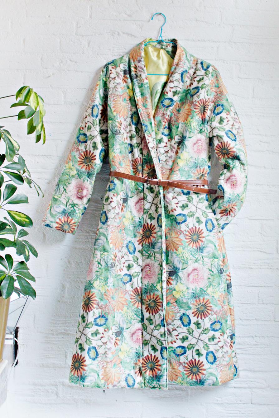 Robe Coat tutorial from Lana Red Studio