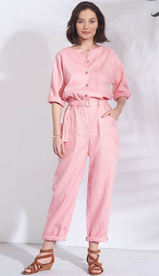 Simplicity 8907 pattern of jumpsuits, playsutis and casual dresses