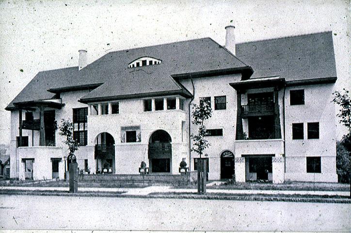 Old Heidelberg Apartments - Pittsburgh's only designated Scheibler Landmark