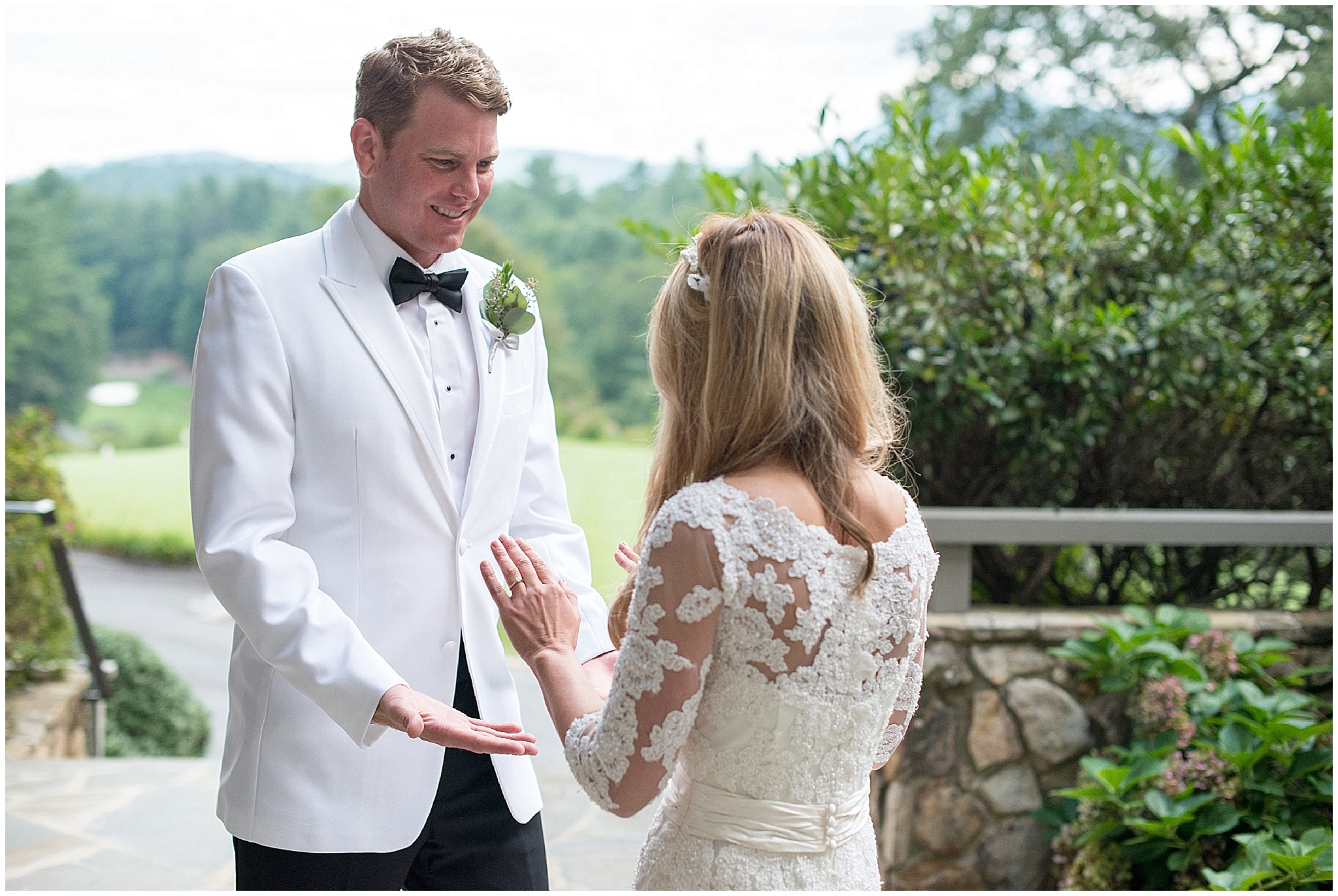 Wedding_Asheville_Burlingame_Country_Club_Photographer_8.jpg