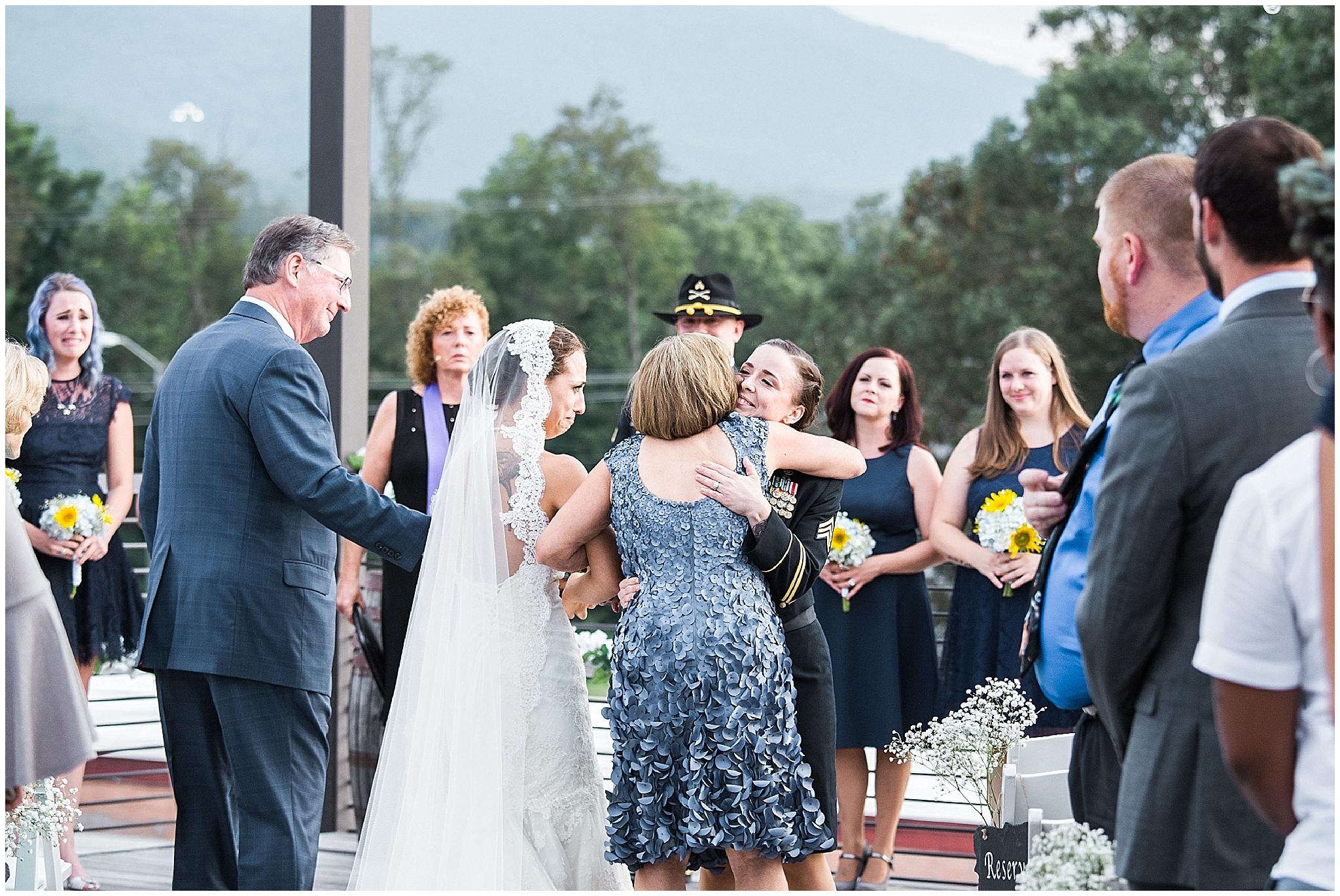 Wedding_Asheville_Highland_Brewing_Photographer_15.jpg