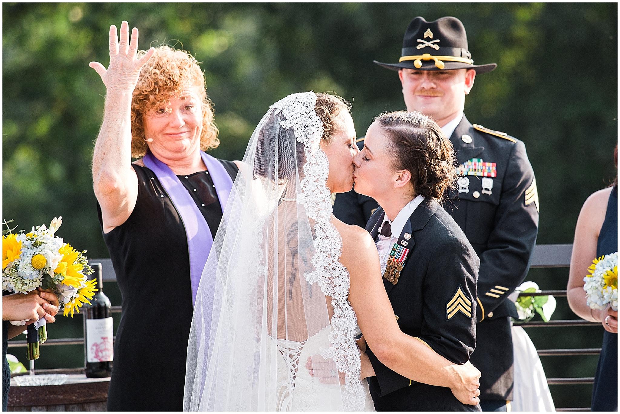 Wedding_Asheville_Highland_Brewing_Photographer_19.jpg