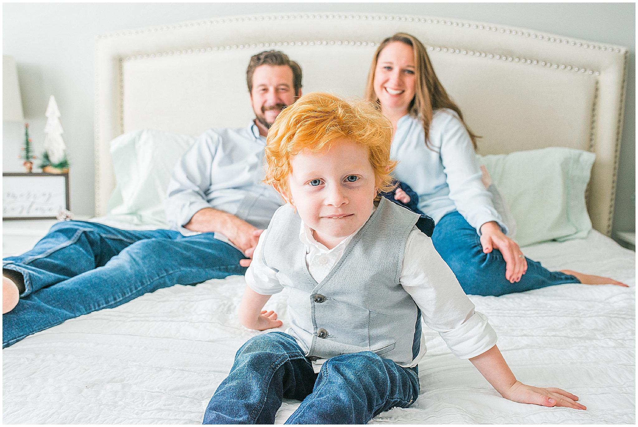 Asheville_Photographer_Family_Newborn_0015.jpg