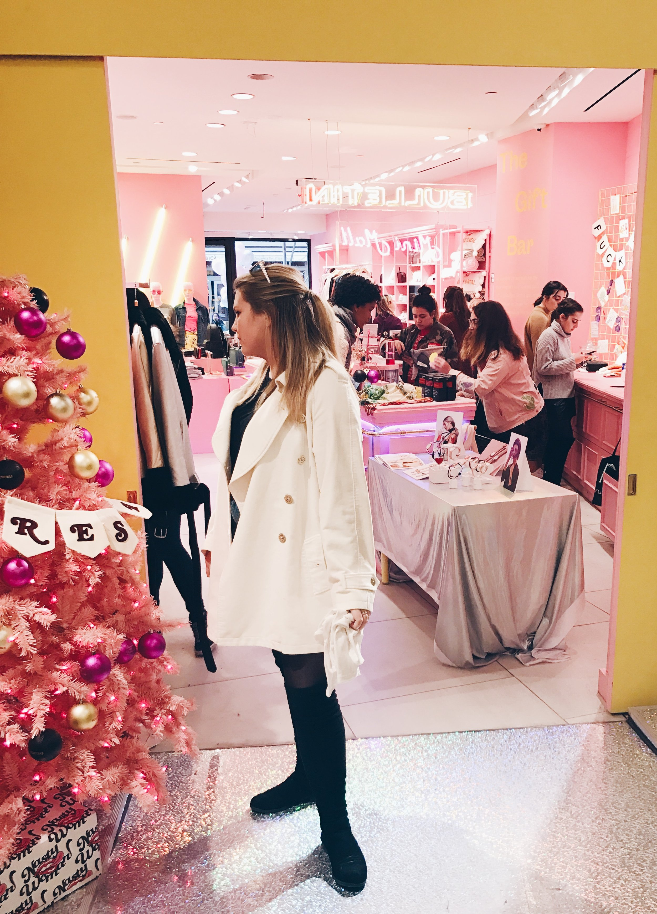 BULLETIN mini mall - Brooklyn native feminist iconically pink store comes to Flat Iron!