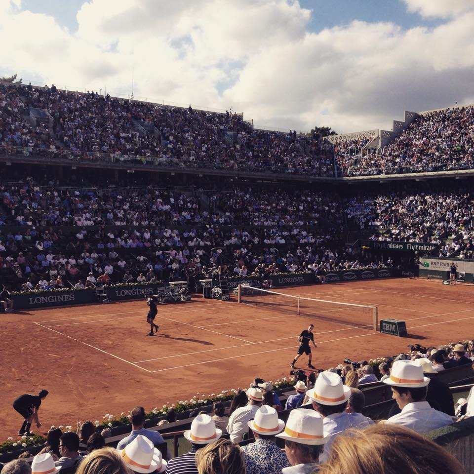 Tsonga riding on the home crowds support