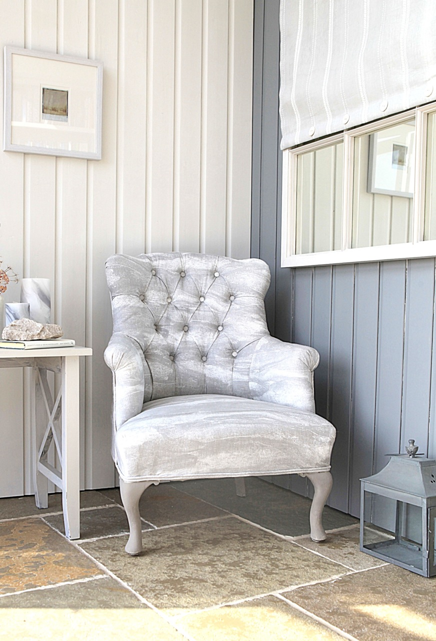 WHITE CLOUD SCHEME WITH ROCK GREY & WARM WHITE LINEN PRINTS